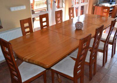 Fenyő étkező asztal és szék