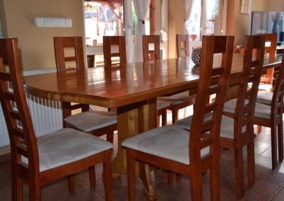 Fenyő étkező asztal és szék1
