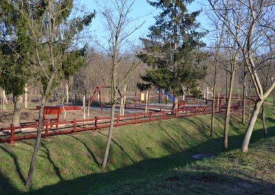 fenyő játszótér, fenyő kerítés
