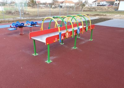 húzóasztal, mozgás korlátozott gyerekek részére, játszótér